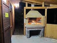 Kaman na dřevo - chata k pronájmu Jedovnice