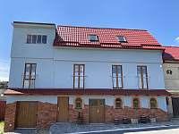 Čejkovice ubytování 18 lidí  ubytování