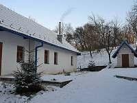 Chalupa Bílé Karpaty v zimě - ubytování Suchovské Mlýny