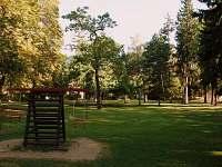 Zámecký park obklopuje RC Palánek z východní strany