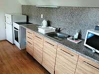 kuchyň vpravo