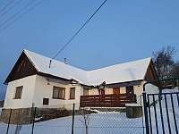 Chalupa v zimě - Vlachova Lhota
