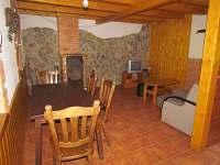 Obývací pokoj - chata k pronájmu Tvarožná Lhota - Lučina