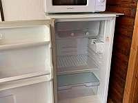 Lednice, mikrovlnná trouba - pronájem chaty Jedovnice