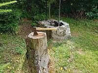 venkovní gril - chata k pronajmutí Jedovnice