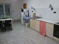Kuchyně - chalupa k pronajmutí Jazovice