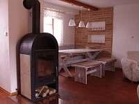 přízemí - jídelní kout - apartmán ubytování Novosedly