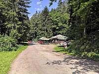 Kantýna, lesní hospůdka kousek od chaty - Senorady