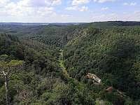 pohled na údolí z Malé skály - chata k pronajmutí Senorady