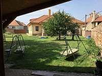 Zahrada pod pergolou - Lednice