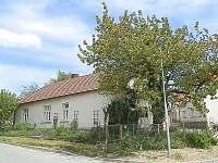Chalupa k pronájmu - Krasová Jižní Morava