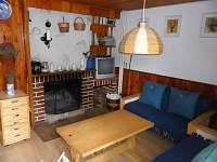Obývací pokoj - krb