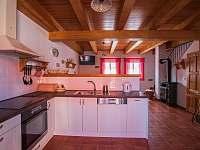 Kuchyně - pronájem chalupy Přítluky