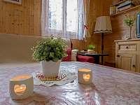 konferenční stůl - chata k pronajmutí Jedovnice