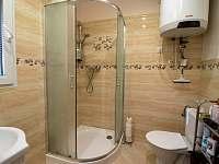 Koupelna + WC - chata ubytování Jedovnice