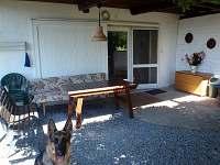 Obývací prostor - chata ubytování Jedovnice