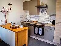 Centrální kuchyně - chalupa k pronajmutí Dešov