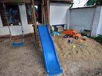 Dětské hřiště a pískoviště - Dešov