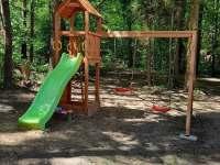 Dětské hřiště - chata k pronajmutí Jazovice