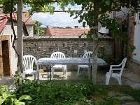 Bulhary - chata k pronájmu - 4