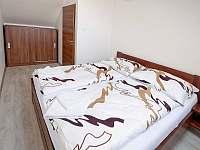 Apartmán 4 a 5 - maželský pokoj