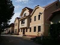 Chaty a chalupy Velký Bílovec v penzionu na horách - Čejkovice