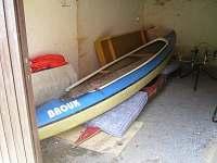garáž - chata k pronájmu Oslnovice