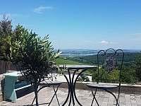 ubytování Dolní Dunajovice ve vile na horách