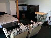 pokoj v podkroví - chalupa ubytování Koryčany - Lískovec