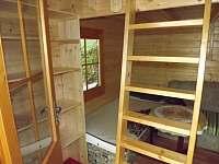 chatka uvnitř - Oslnovice