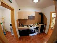 kuchyně v přízemí - Perná