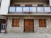 Domeček z ulice - pronájem chaty Milovice