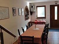 kuchyně - společenská místnost - chalupa ubytování Uherčice