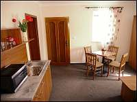 Apartmán s konpletně vybavenou kuchyňkou.