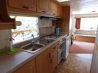 Kuchyně - chata k pronájmu Dolní Věstonice