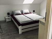 Dvoulůžkový pokoj č. 1. - ubytování Velke Bilovice