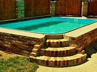 Bazén v objektu