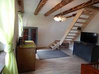 Ivaň - rekreační dům k pronajmutí - 11