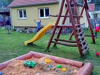 chata Aluška s dětským koutem
