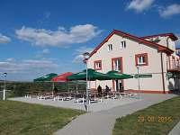 Restaurace - chatky k pronájmu Výrovice