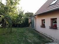 Chata k pronájmu - okolí Prušánek