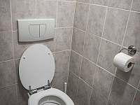 Toaleta - pronájem chalupy Rakvice