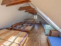 podkroví - chata ubytování Březí u Mikulova
