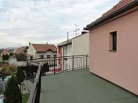 terasa s výhledem na Pálavu