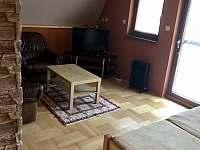 Obývací pokoj v 1NP - Tvarožna Lhota