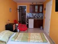 Studio4 kuchyňský kout - apartmán k pronajmutí Bulhary