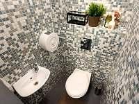 koupelna s WC - pronájem chalupy Znojmo