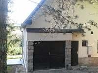 Vstup - garáž