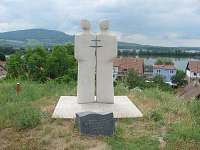 Socha Cyrila a Metoděje