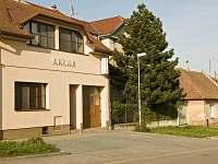 ubytování Jižní Morava v penzionu na horách - Mikulov